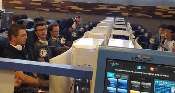les developpeurs affrontent des joueurs en coree du sud