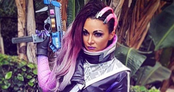 un des premiers cosplays sombra present a la blizzcon 2016